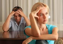 Hindari 9 Ciri Istri Penghambat Rezeki Suami yang Bikin Keuangan Rumah Tangga Seret