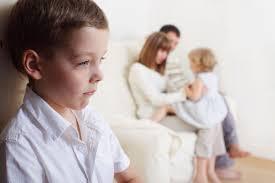 Buruknya 8 Dampak Orang Tua Pilih Kasih Terhadap Anak