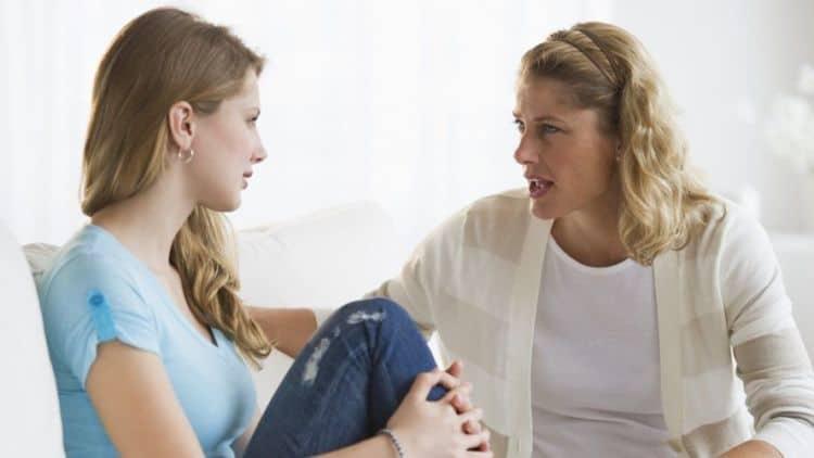 7 Cara Menghadapi Ibu Tiri yang Licik Agar Menjadi Baik