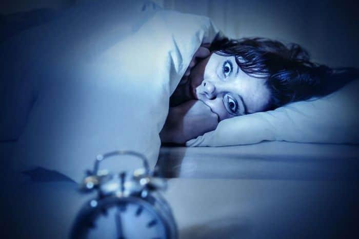 6 Arti Mimpi Melihat Mayat Terbungkus Kain Kafan