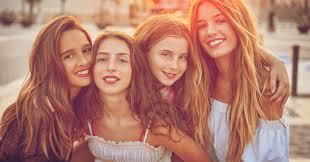 7 Ciri-Ciri Sahabat yang Tidak Baik. Bagaimana dengan Sahabatmu?