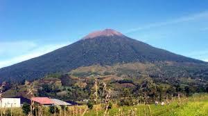 Ada 4 Mitos Gunung Slamet via Guci yang Bikin Merinding Para Pendaki